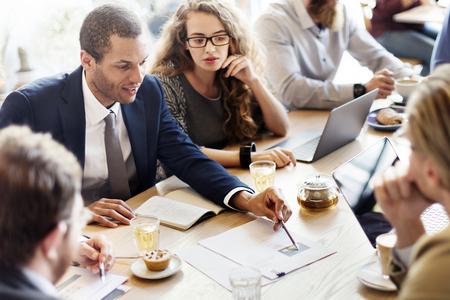 Основы деловых коммуникаций и этикета